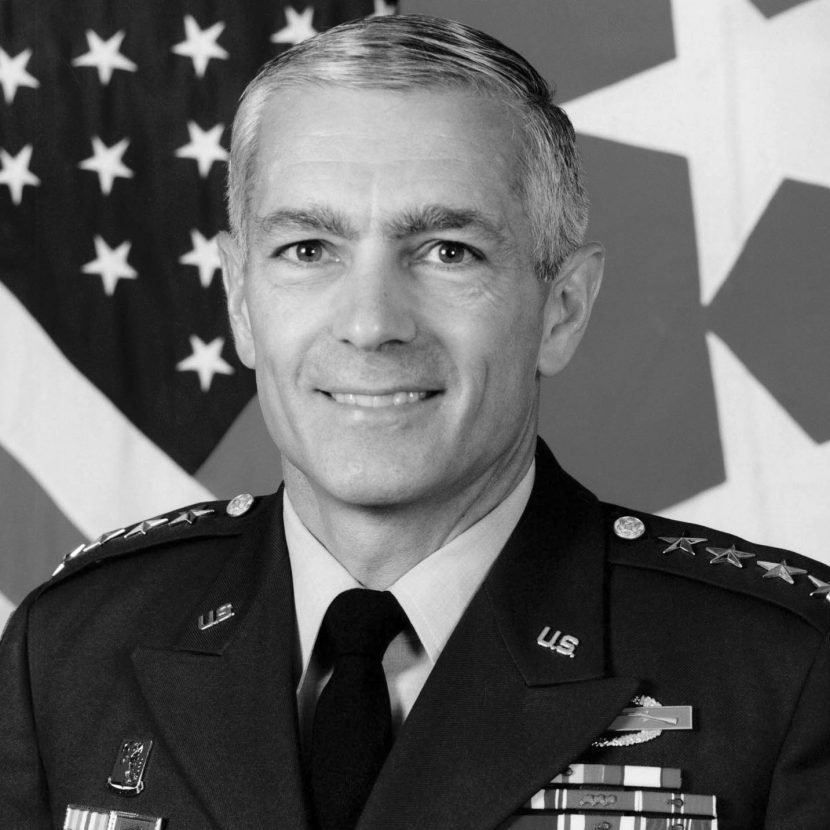 General_Wesley_Clark_official_photograph,_edited
